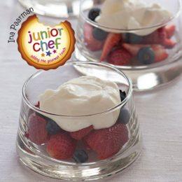 Fresh Berries with Yoghurt