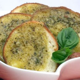 Garlic Bread with Herbed Basil Butter