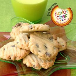 Peanut Butter Cookies with Chocolate Chips