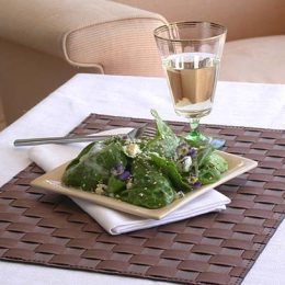 Spinach and Blue Cheese Salad with Sesame Seeds