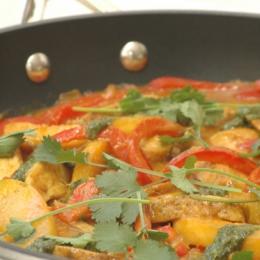 Tikka Chicken Satay with Mangoes