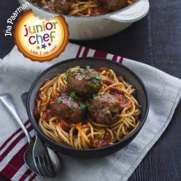 Anne's Boerie Meatballs with Spaghetti