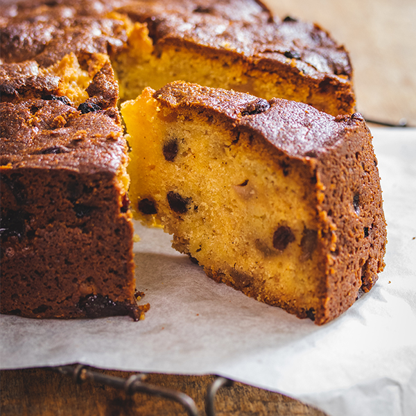 Fresh Fruit Cake with Pears