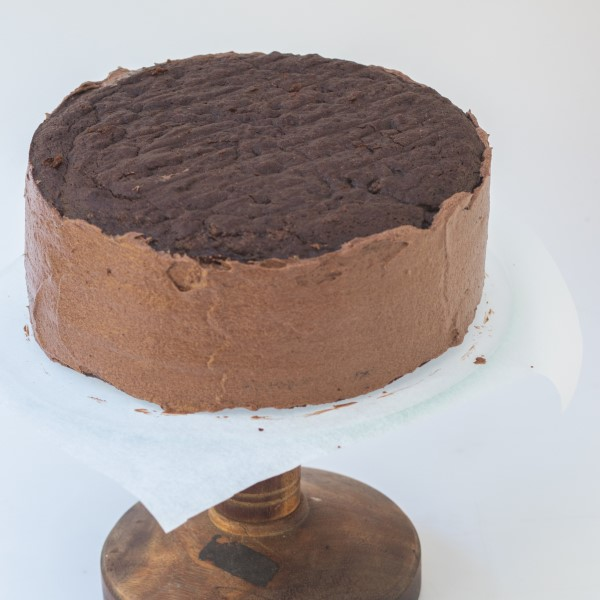 Layer_Chocolate_Cake_sandwich_and_ice