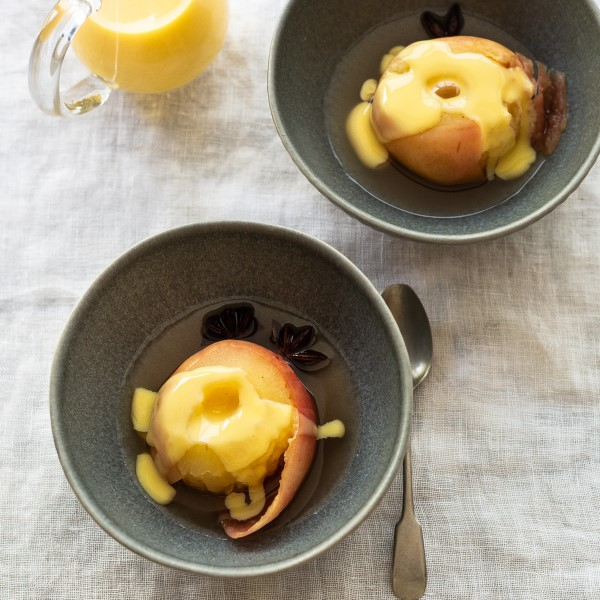Poached_Apples_main