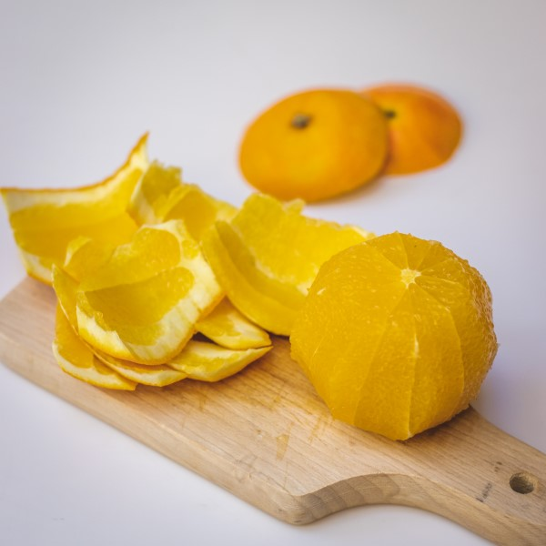 MOTM_Jul_21_Orange_Salad_skinned_orange